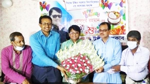 টঙ্গী প্রেসক্লাবে শিক্ষাবিদ ওয়াদুদুর রহমানের জন্মদিন পালিত