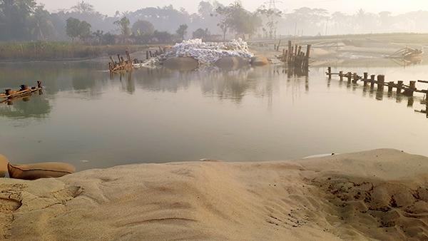 অচল কক্সবাজারসদরের বাঁকখালী রাবারড্যাম