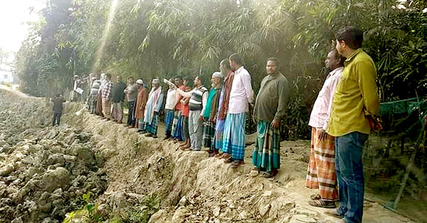 রাজনগরে লাঘাটা নদী খননে চলছে অনিয়ম দূর্নীতি